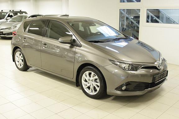 Toyota Auris 1,8 Hybrid E-CVT Active Sport  2017, 41265 km, kr 269000,-
