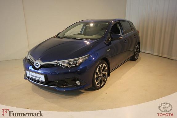 Toyota Auris 1,8 Hybrid E-CVT Style  2015, 46500 km, kr 229000,-