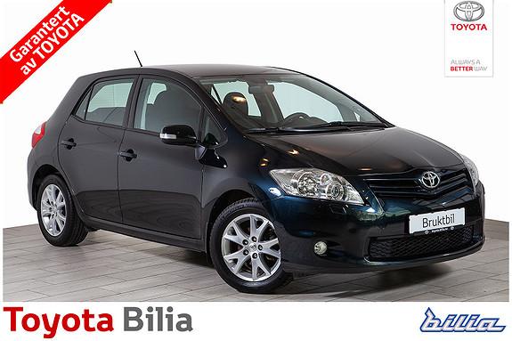 Toyota Auris 1,33 bensin manuell, pen bil, nye vinterhjul, service ok,  2011, 36476 km, kr 139000,-