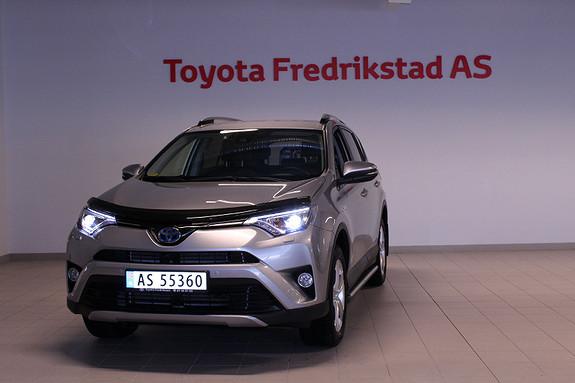 Toyota RAV4 Hybrid AWD Executive SELGES I KOMMISJON FOR KUNDE  2017, 13802 km, kr 469000,-