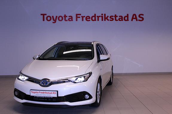 Toyota Auris Touring Sports 1,8 Hybrid Style  2015, 55700 km, kr 229900,-
