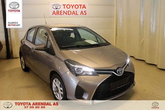 Toyota Yaris 1,5 Hybrid Active e-CVT Meget flott  2015, 35700 km, kr 159000,-