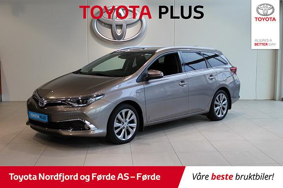Toyota Auris Touring Sports 1,8 Hybrid Executive 136HK  2015, 42186 km, kr 215225,-