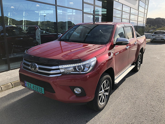 Toyota HiLux D-4D 150hk D-Cab 4WD SR+ aut m/DAB+  2018, 13838 km, kr 419000,-
