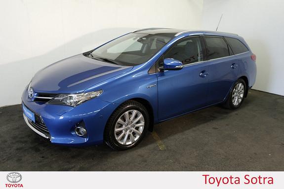 Toyota Auris 1,8 Hybrid Executive HSD  2013, 63305 km, kr 169000,-