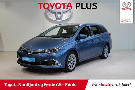 Toyota Auris Touring Sports 1,8 Hybrid Executive 136HK  2015, 52041 km, kr 209000,-
