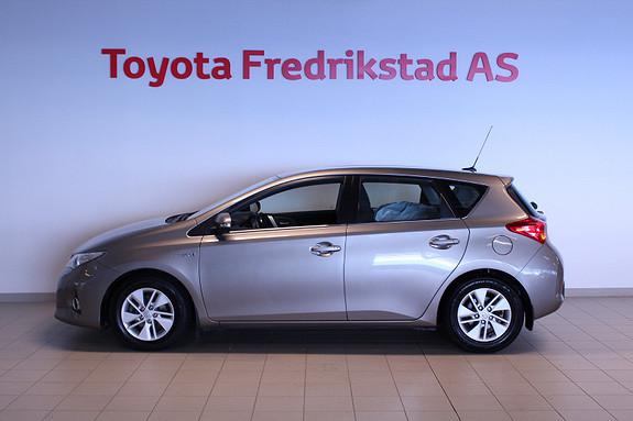 Toyota Auris 1,8 Hybrid E-CVT Active  2013, 123753 km, kr 129000,-