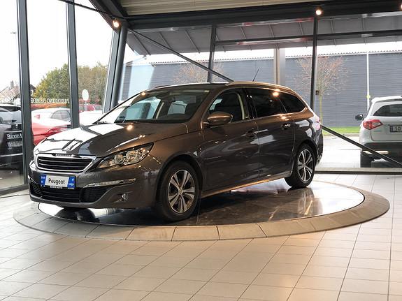 Peugeot 308 1,2 PureTech 110hk Active Panorama tak.Nav  2015, 76026 km, kr 139000,-