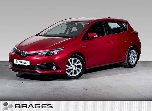 Toyota Auris 1,8 Hybrid E-CVT Active S Navi, Cruise, DAB+, R.kamera  2017, 54100 km, kr 199000,-