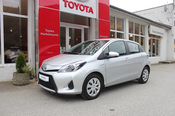 Toyota Yaris 1,5 Hybrid Active e-CVT, NY SERVICE  2014, 24500 km, kr 145000,-