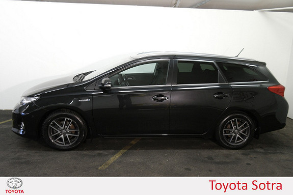 Toyota Auris Touring Sports 1,8 Hybrid Active  2015, 93 230 km, kr 179 000,-