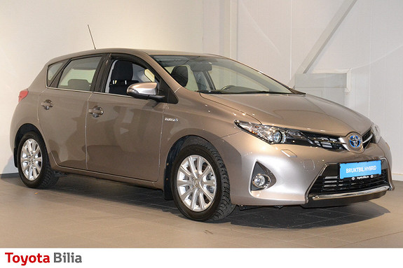 Toyota Auris 1,8 Hybrid E-CVT Active  2013, 41500 km, kr 149000,-
