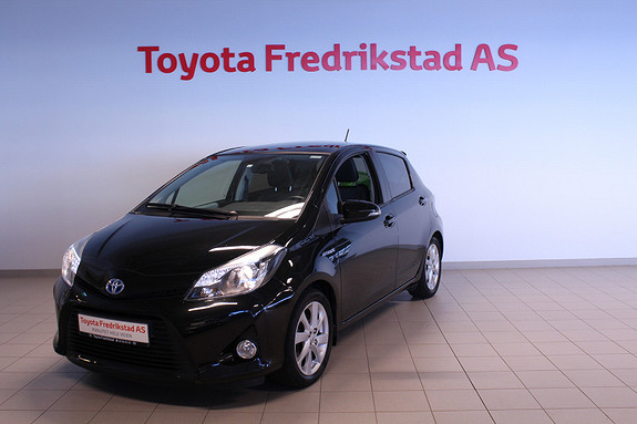 Toyota Yaris 1,5 Hybrid Style  2014, 60695 km, kr 139000,-