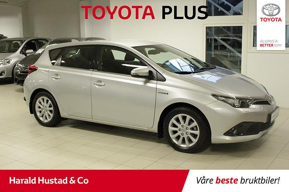 Toyota Auris 1,8 Hybrid E-CVT Active+ , SERVICEAVTALE 3 ÅR,  2016, 40135 km, kr 199000,-