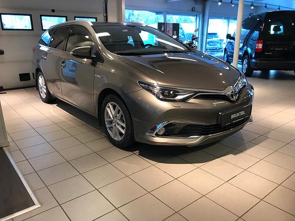 Toyota Auris 1,8 Touring Sports Hybrid Executive  2017, 60000 km, kr 265000,-