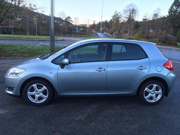 Toyota Auris 1,6 VVT-i Sol  2009, 122000 km, kr 60000,-