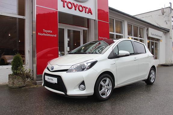 Toyota Yaris 1,5 Hybrid e-CVT Style m/panorama, TECTYL, NY SERVICE  2013, 67300 km, kr 124900,-