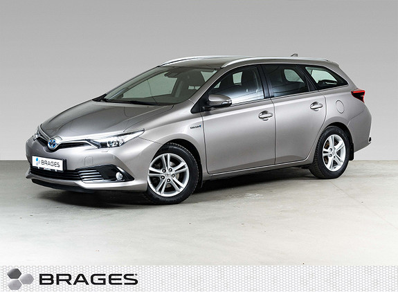 Toyota Auris Touring Sports 1,8 Hybrid Active S Navi, R.kam, P.Sens  2016, 69300 km, kr 189000,-