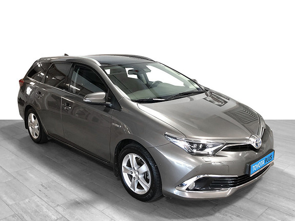 Toyota Auris Touring Sports 1,8 Hybrid Executive **TOPPUTSTYRT**  2016, 46 321 km, kr 219 000,-
