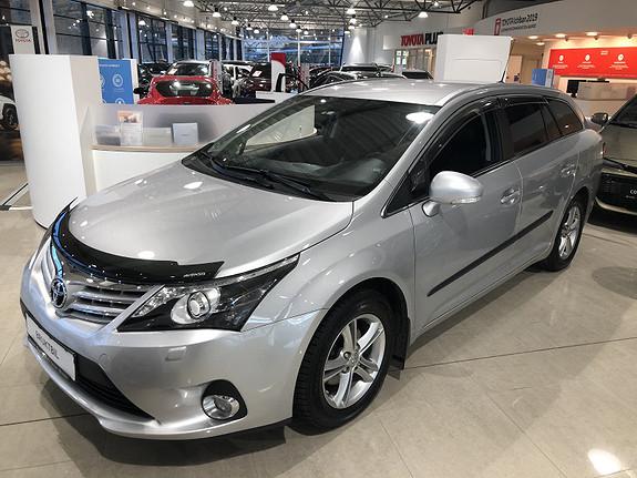 Toyota Avensis 1,8 147hk Advance Inb. 2.0 M-Drive S m/DAB+ & Navi  2014, 49445 km, kr 199000,-