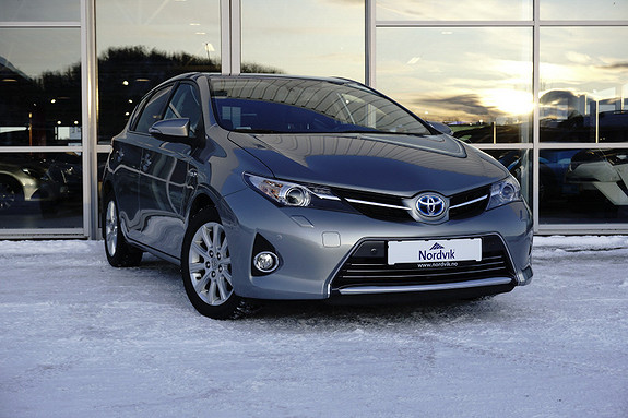 Toyota Auris 1,8 Hybrid E-CVT Executive  2014, 62553 km, kr 187000,-