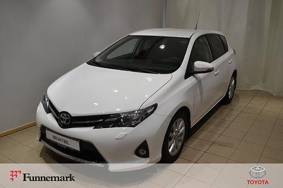 Toyota Auris 1,33 Dual VVT-i  Style  2013, 71800 km, kr 135000,-