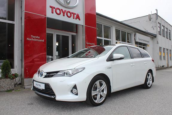Toyota Auris 1.8 Hybrid Touring Executive m/skinn+ Skyview, TECTYL  2013, 56700 km, kr 159900,-