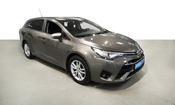 Toyota Avensis Touring Sports 1,8 Active Style M-drive S7  2017, 42200 km, kr 259000,-