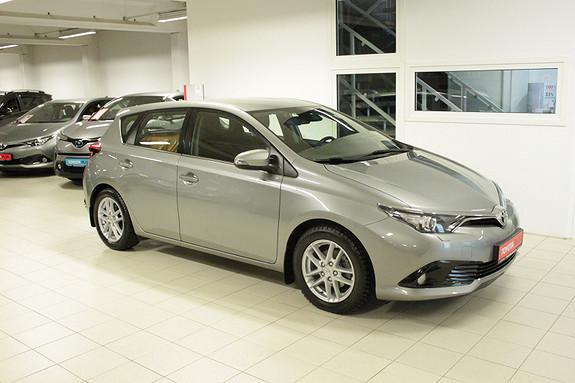 Toyota Auris 1,33 Dual VVT-i Active S SERVICEAVTALE 2 ÅR/1,95% RENTE  2017, 48776 km, kr 199000,-