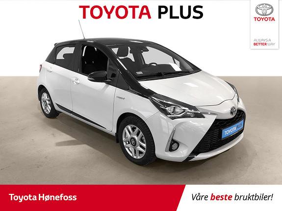 Toyota Yaris 1,5 Hybrid Bi Tone e-CVT aut Navi ISO-Fix Cruisecontrol  2018, 40131 km, kr 189000,-