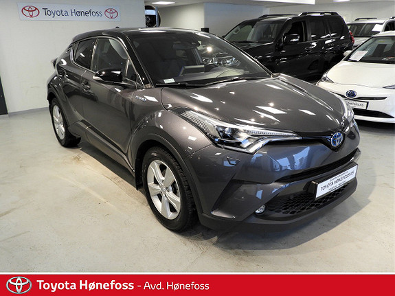 Toyota C-HR 1,8i Hybrid Dynamic Tech  2017, 45795 km, kr 299000,-