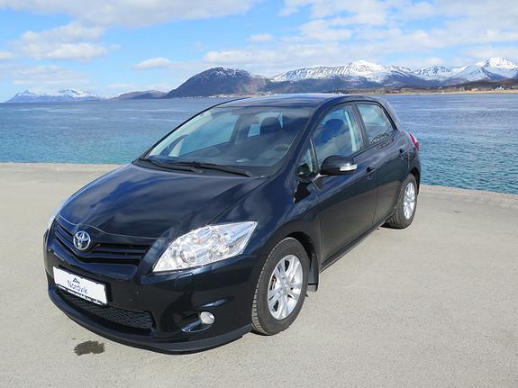 Toyota Auris 1,4 D-4D Silver-Edition  2012, 69364 km, kr 129000,-