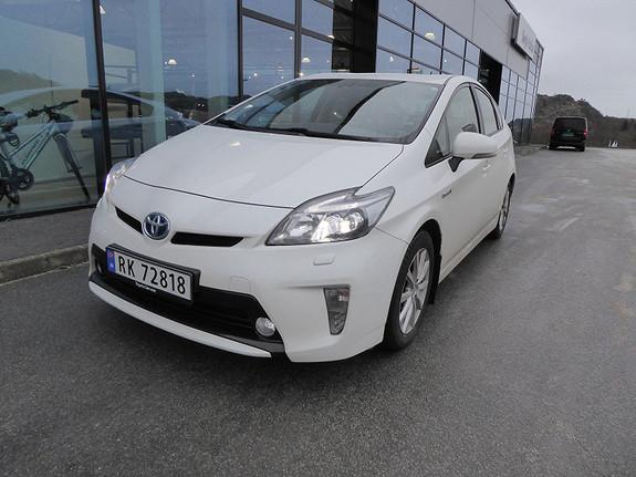 Toyota Prius 1,8 VVT-i Hybrid Executive m/DAB+ og Navi  2014, 68300 km, kr 199000,-