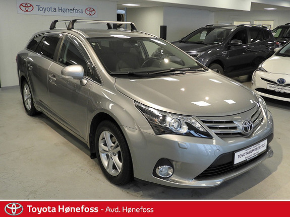 Toyota Avensis 1,8 147hk Advance Multidrive S  2013, 82000 km, kr 179000,-