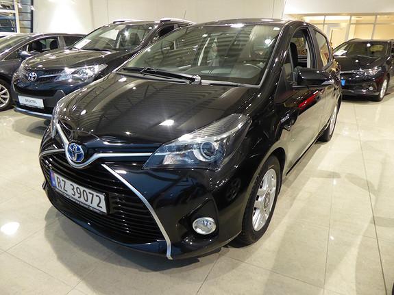 Toyota Yaris 1,5 Hybrid Active e-CVT m/DAB+ og Navi  2016, 31400 km, kr 189000,-
