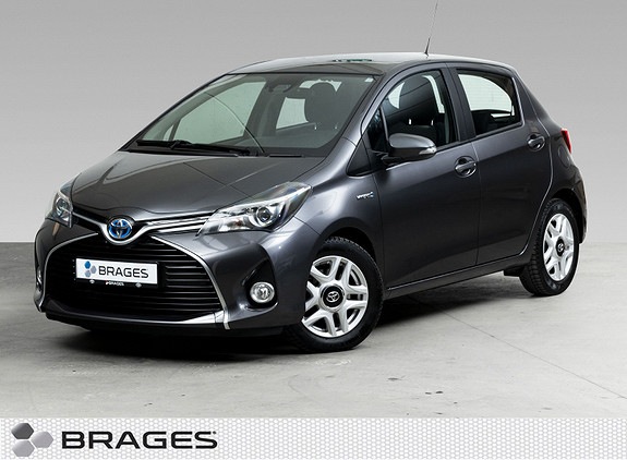 Toyota Yaris 1,5 Hybrid Active S e-CVT DAB+, Navi, BT, Ryggekamera  2016, 31800 km, kr 179000,-