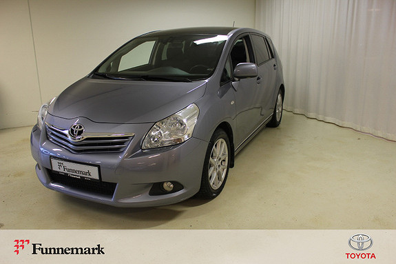 Toyota Verso 2,0 D-4D Premium 7 seter  2009, 129400 km, kr 109000,-