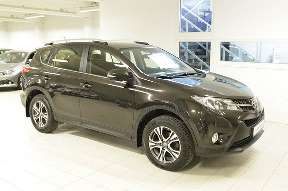 Toyota RAV4 2,0 D-4D 2WD Sense  2014, 76928 km, kr 234000,-