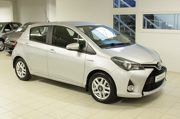Toyota Yaris 1,5 Hybrid Active S e-CVT  2017, 44000 km, kr 189000,-