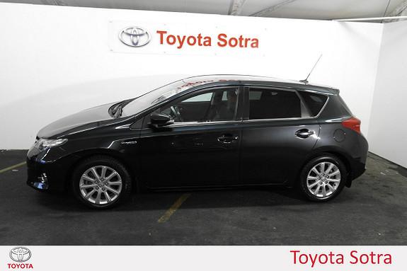 Toyota Auris 1,8 Hybrid E-CVT Executive  2014, 46578 km, kr 189000,-