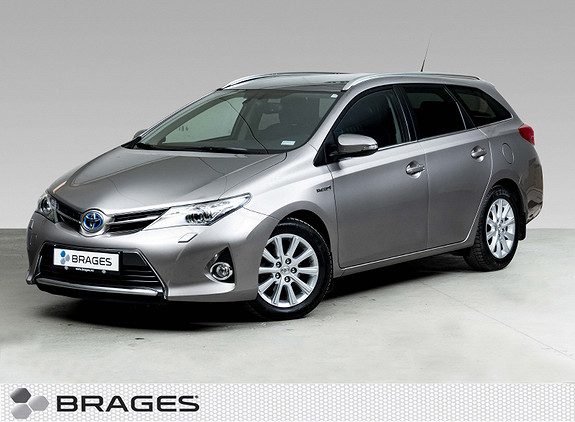 Toyota Auris 1,8 Hybrid E-CVT Active+ Navi, Bi-Xenon, R.cam, DAB+  2015, 36900 km, kr 199000,-