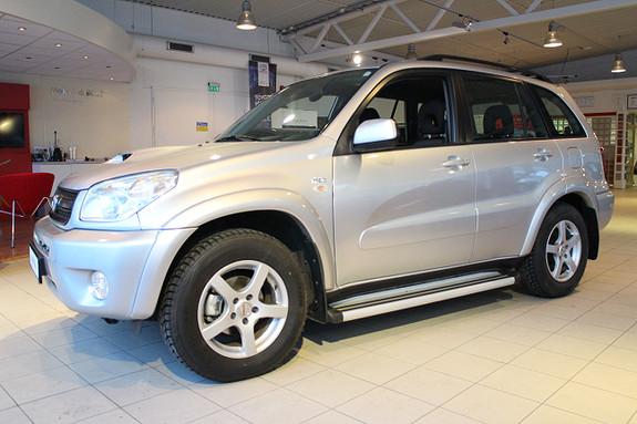 Toyota RAV4 2,0 D-4D  2004, 227300 km, kr 69000,-