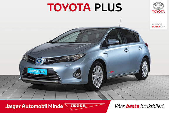 Toyota Auris 1,8 Hybrid E-CVT Executive Glasstak  2015, 28 500 km, kr 199 000,-