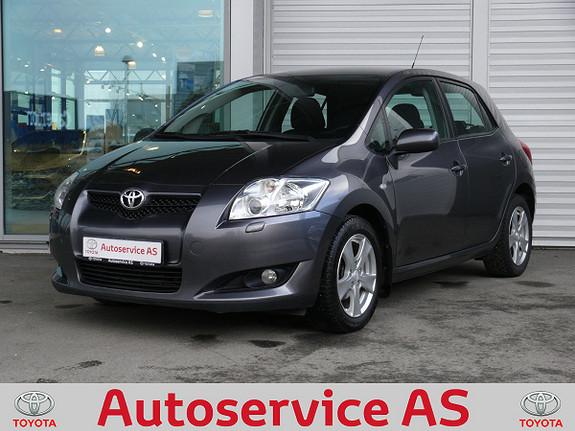 Toyota Auris 1,6 Executive  2009, 95000 km, kr 99000,-