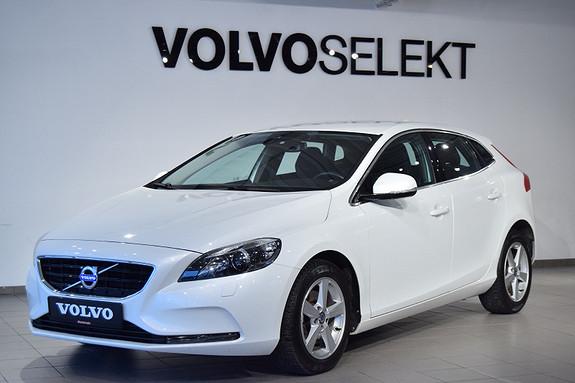 Volvo V40 D2 Momentum automat  2015, 53783 km, kr 199000,-