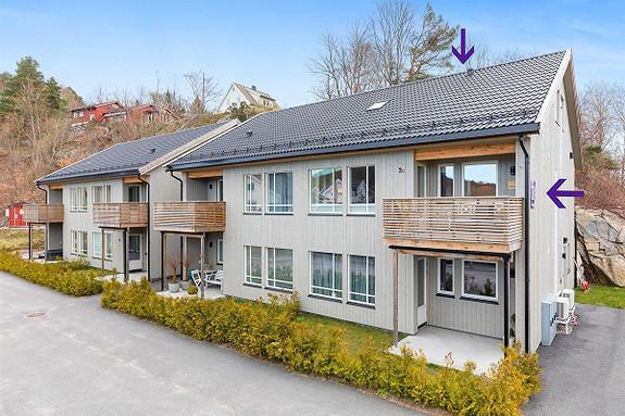 Nyere 5roms selveierleilighet-Innredet loft-Balkong-Carport-Stor bod.
