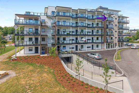Ubebodd 3-roms leilighet fra 2017-Parkering i kjeller- Heis-Usjenert balkong-Gode solforhold