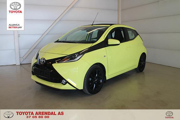 Toyota Aygo x-play 1,0 Lav KM, Foldetak, Tectyl, Ryggekamera  2017, 14500 km, kr 134000,-
