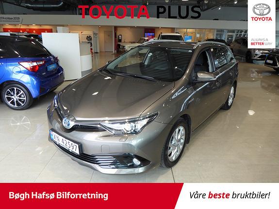 Toyota Auris Touring Sports 1,8 Hybrid Active m/DAB+ og Navi  2017, 45850 km, kr 239000,-