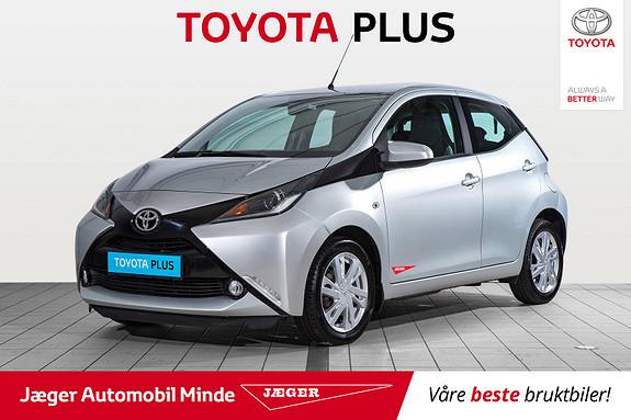 Toyota Aygo x-play 1,0  2015, 20100 km, kr 109000,-